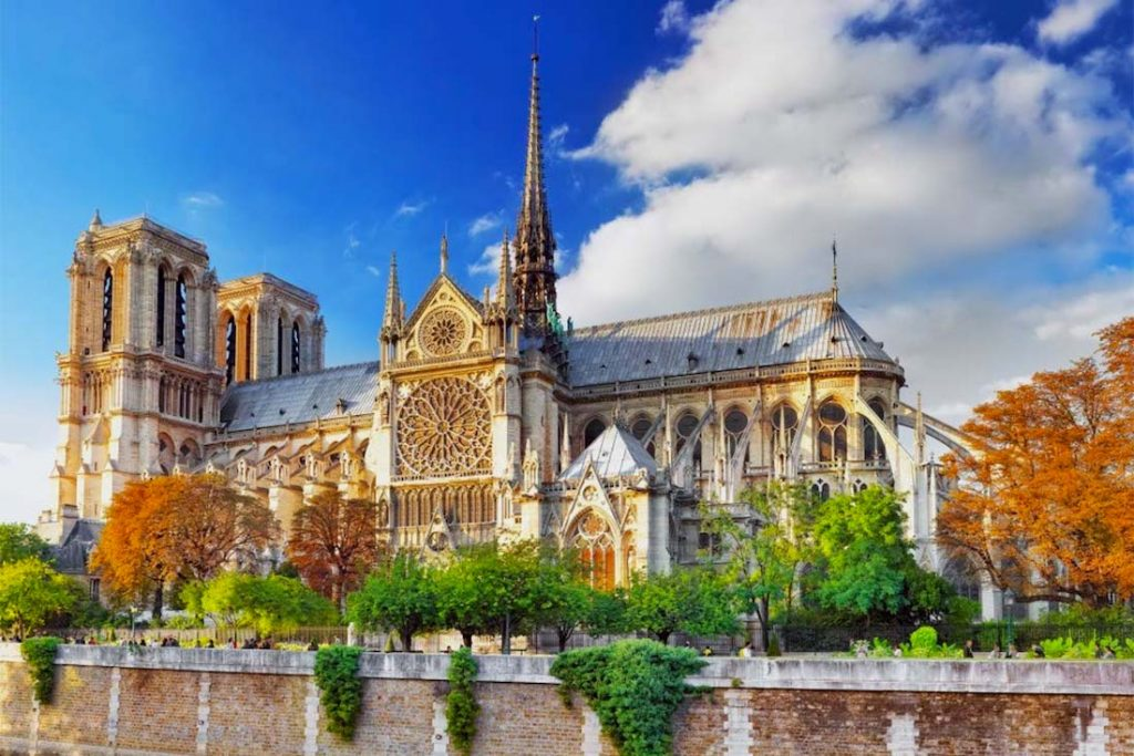 notre dame katedrali fransa gotik mimari